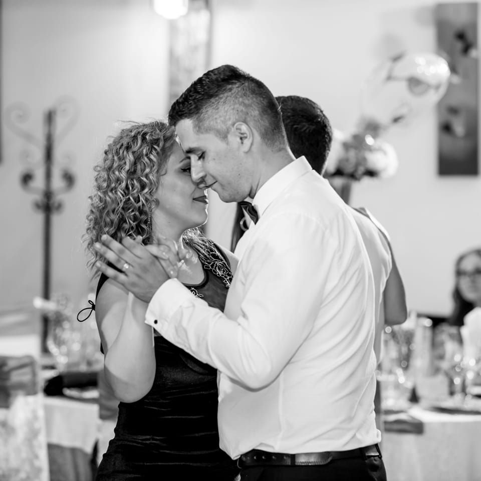 Testimoniale https://ballroom-andra.ro/ Marian Radu