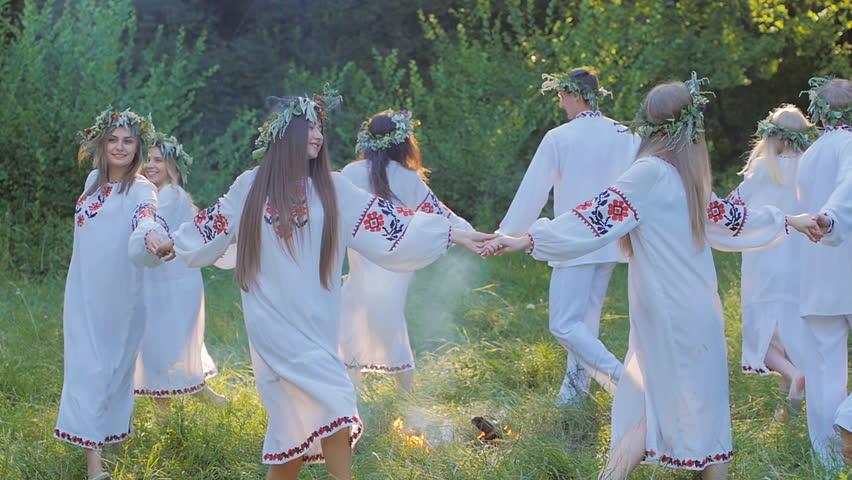 Ajutor ma casatoresc!  - MAC Florea - Ceea ce crezi despre nunta ta aia ti se intampla!