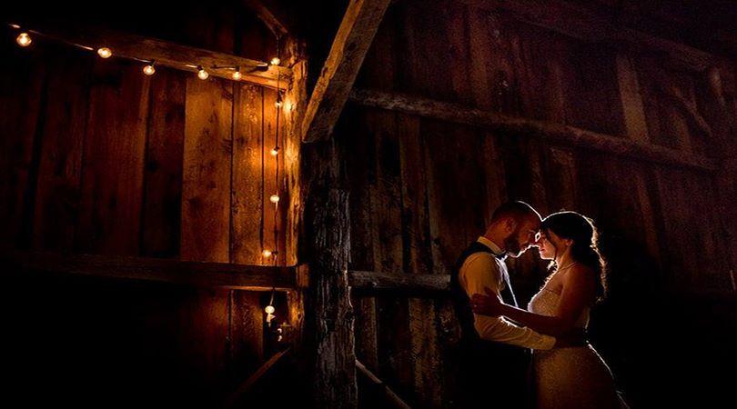 Ajutor ma casatoresc!  - MAC Florea - De ce ai nevoie de un fotograf profesionist pentru nunta