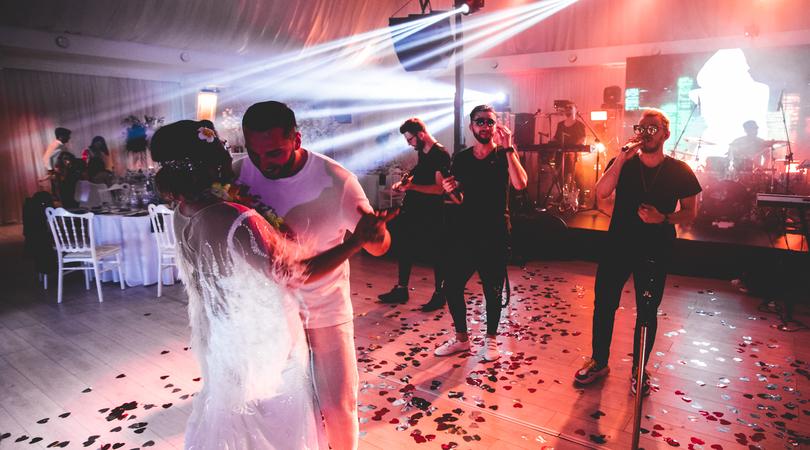 Ajutor ma casatoresc!  - MAC Florea - Din culiesele unei nunți la superlativ – Andra a spus DA la... Andra :)