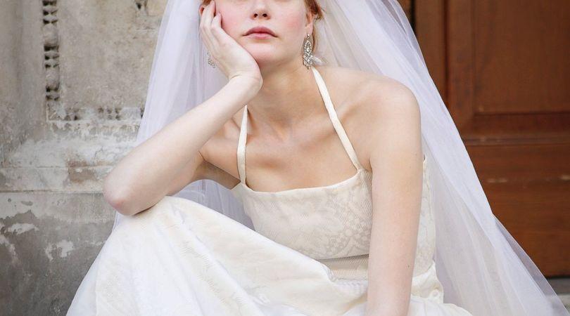 """Ajutor ma casatoresc!  - MAC Florea - """"Nunta mea a ajuns o glumă!""""  Ce măsuri de relaxare se aplică la noi și cât vi se par de clare?"""
